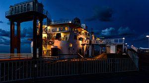 MS Friesland in de nacht van