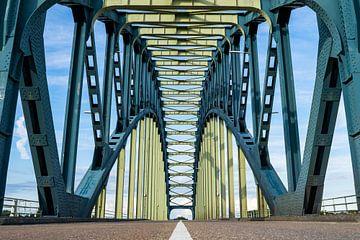 IJsselbrug van Marjon Tigchelaar