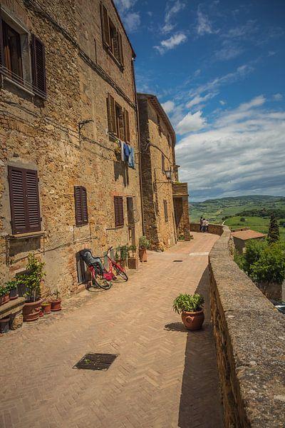 Uitzicht in Pienza, Toscane sur Anneke Hooijer