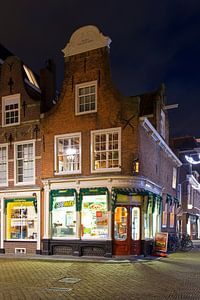 Oud gebouw Delft van Anton de Zeeuw