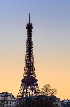 Sonnenuntergang am Eiffelturm van Hans Altenkirch