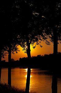 zonsondergang verborgen