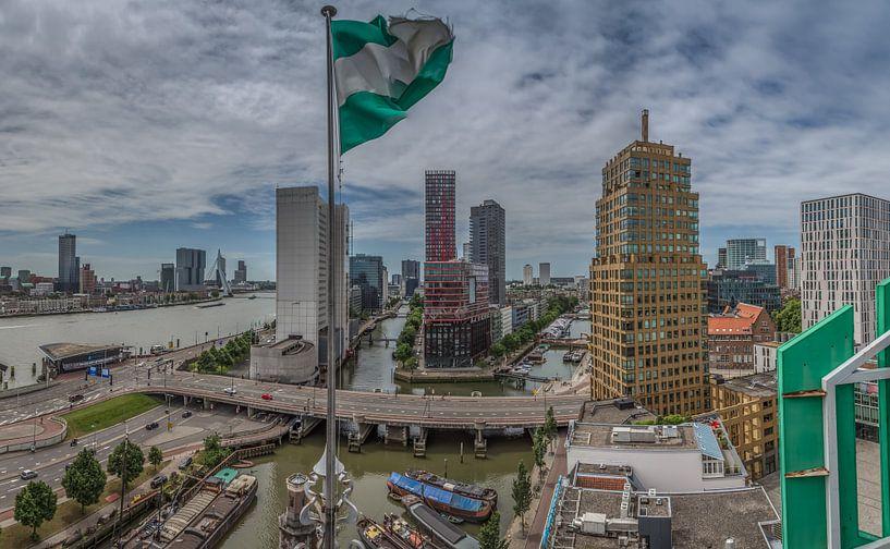 Rotterdam vanaf het Witte Huis van Rene Ladenius