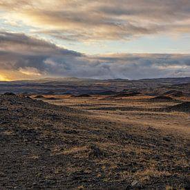 Buitenaards landschap in IJsland van Paul Weekers Fotografie