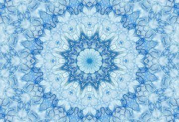 Denim Star (Mandala ou rosette en bleu clair) sur Caroline Lichthart
