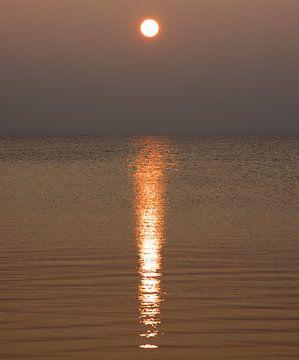 Zonsondergang Ketelmeer van PvdH Fotografie