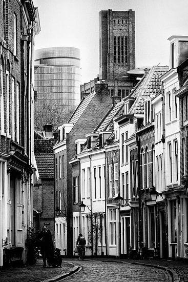 De Haverstraat in Utrecht met de Verrekijker en de Inktpot gezien vanaf de Oudegracht. van De Utrechtse Grachten