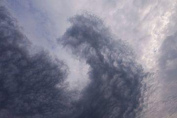 Dreigende wolken van André Dorst