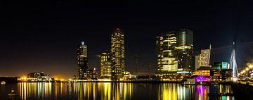 Kop van Zuid bij nacht panorama kleur van Alexander Blok