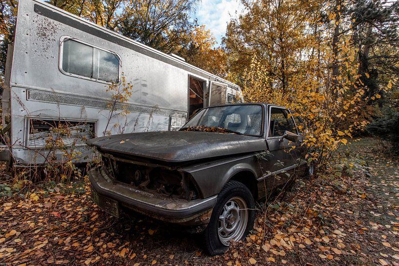 BMW im Herbst van Matthis Rumhipstern