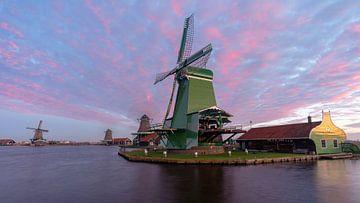 Kleurrijk Zaanse Schans van Arno van der Poel