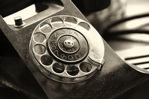 altes analoges Telefon mit Wählscheibe