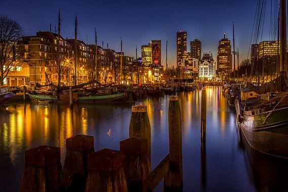 Witte Huis Rotterdam tijdens het Blauwe Uurtje