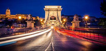 Chain Bridge 't la nuit, Budapest sur Sven Wildschut