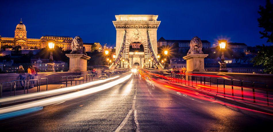 Ketting Brug bij 't vallen van de avond, Budapest