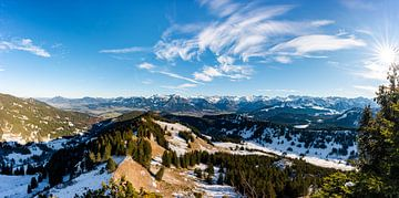 Allgäuer Alpen in herfstkleed van Leo Schindzielorz