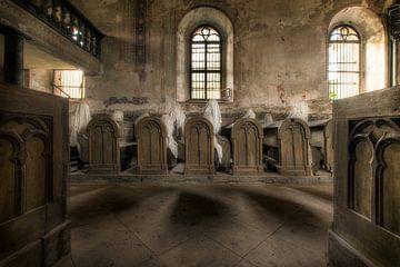 Kirche mit Geistern von Kristof Ven
