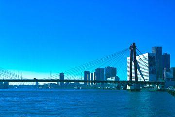 Rotterdam - Willemsbrug en omgeving - in blauw/grijs tinten van Ineke Duijzer