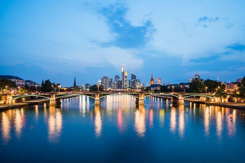 Frankfurt Skyline van davis davis