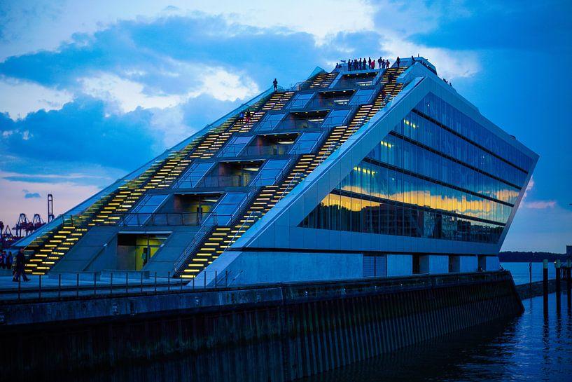 Hamburg Dockland sur Anna Heisig