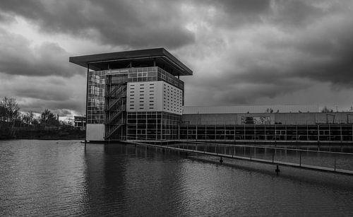 Haans gebouw Tilburg  in Zwart Wit van