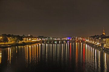 Maastricht by night sur Joyce Loffeld