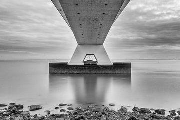 Blick durch die Zeelandbrug von Marjolijn Maljaars