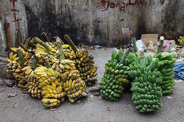 Streetwise bananas van Jasper Los