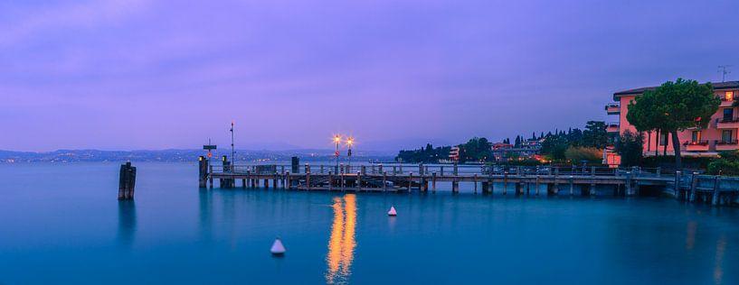 Zonsondergang Sirmione, Gardameer, Italië van Henk Meijer Photography