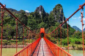 De rode brug, Vang Vieng, Laos van