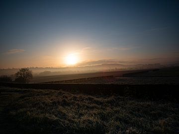 Zonsopgang in Zuid-Limburg van Dirk van der Plas
