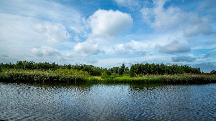 Utrecht-Maximapark met water, land en lucht van Jaap Mulder