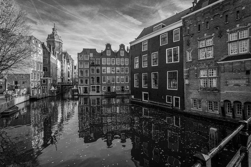 In Old Amsterdam van Scott McQuaide
