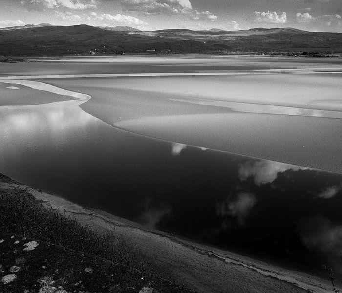 Portmeirion coast line, North Wales van Mark van Hattem
