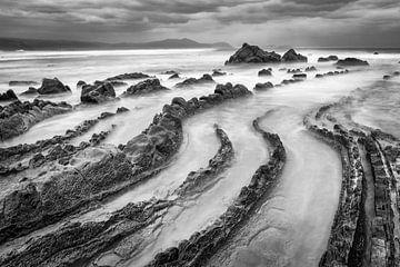 Felsenküste Biskaya von Chris Stenger