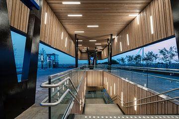 Station Lansingerland-Zoetermeer van Raoul Suermondt