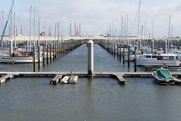 Haven van IJmuiden met boten