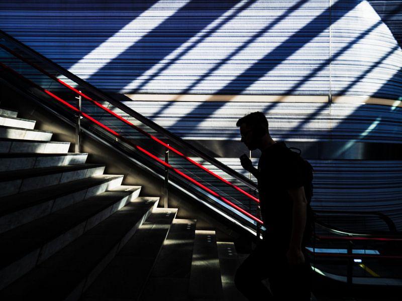 Upstairs von Fokko Muller