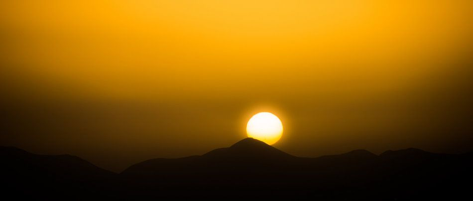 Zonsondergang op Lanzarote van Harrie Muis