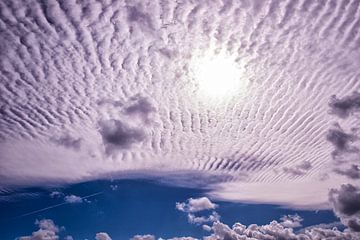 Stratus Wolken boven Zeeland.
