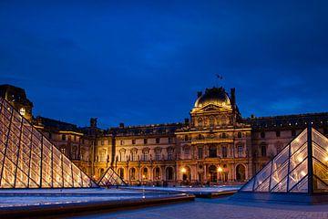Louvre in Parijs van René Groenendijk