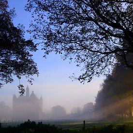 Zonsopkomst bij Middeleeuws Kasteel Doornenburg / Sunrise at medieval Doornenburg castle van Joyce Derksen