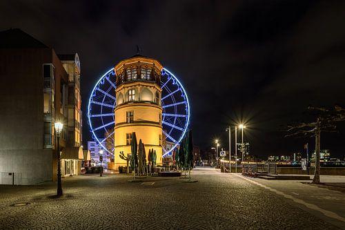 Castle tower and ferris wheel in Dusseldorf van