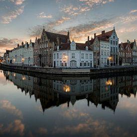 de spiegelrei in Brugge, Bruges, Belgie, Belgium van Fotografie Krist / Top Foto Vlaanderen