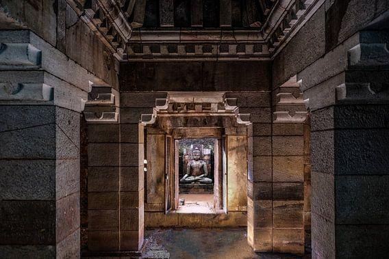 Strakke vormgeving in eeuwenoude tempel