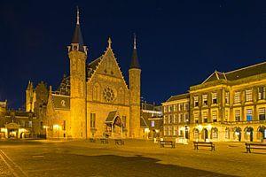 Nachtfoto Binnenhof te Den Haag