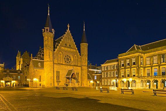 Nachtfoto Binnenhof te Den Haag van Anton de Zeeuw
