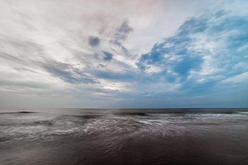 Zee in beweging II van Douwe Bergsma