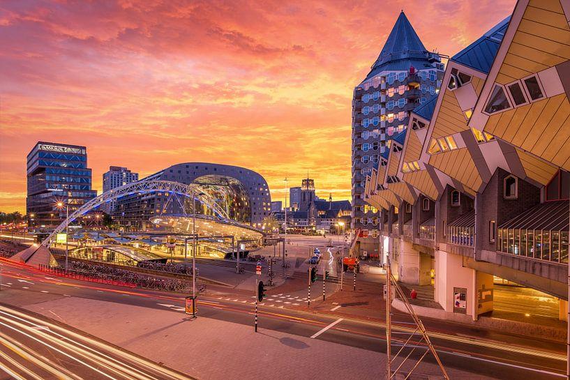 Markthal, station Blaak en Kubuswoningen van Prachtig Rotterdam