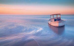 shipwreck warm style van